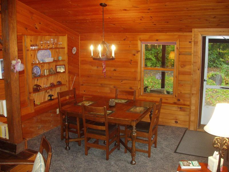 Dining Room - The Icehouse - 1 bedroom cottage on Lake Pleasant - Speculator - rentals