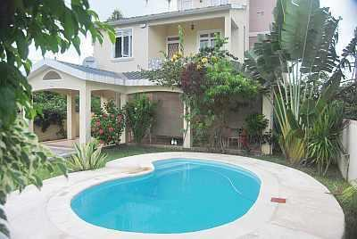 A LOVELY VILLA  FOR ONLY 40 EUROS PER NIGHT - Image 1 - Grand Baie - rentals