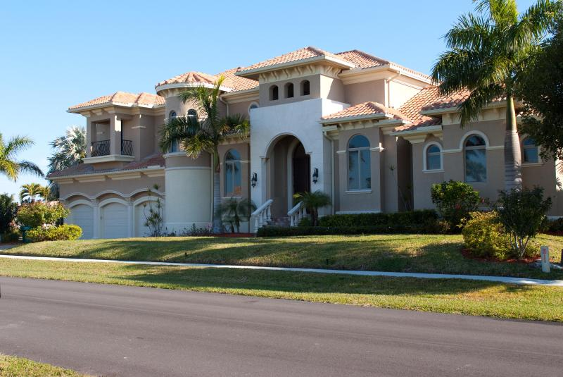 Welcome to paradise - Large Luxury Home Next to Tigertail Beach - Marco Island - rentals
