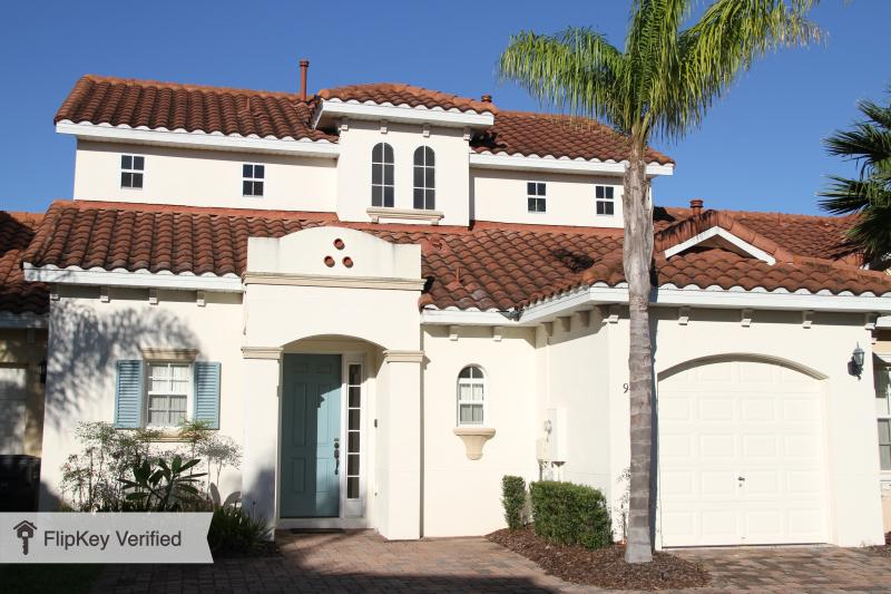 4-Bed villa close to Disney with pool & spa - Image 1 - Davenport - rentals