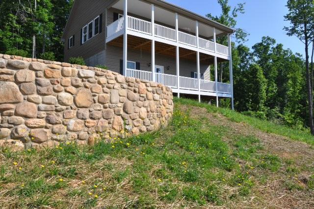 Autumn View great Views Hot tub WIFI Home Theater - Image 1 - Chimney Rock - rentals