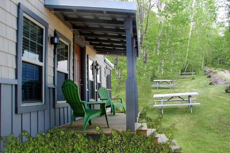 Exterior of the cottage - Charming Cottage in Oceanfront Resort in Rockport! - Rockport - rentals