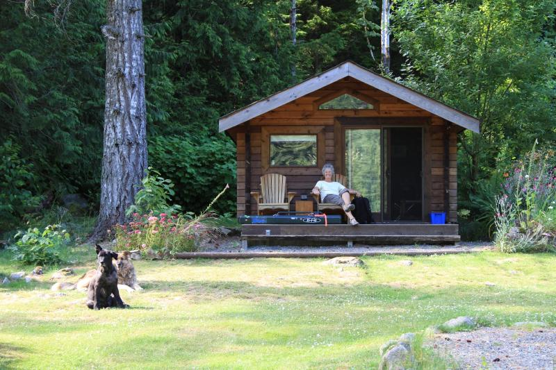 Enjoy one of the three log cabins - Harrison River Cabins & Full Service amenities - Harrison Hot Springs - rentals