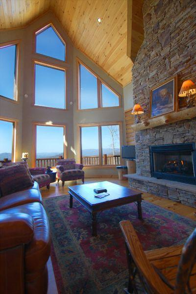 Great room - Luxury log home with extraordinary mountain views! - Bryson City - rentals