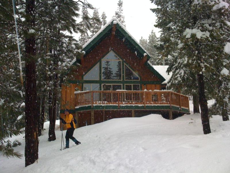 Snowmobile or snowshoe directly from the cabin - Mt. Views- Fish, Hike, Ski: 4 Bdr Vacation Retreat - Crescent Lake - rentals