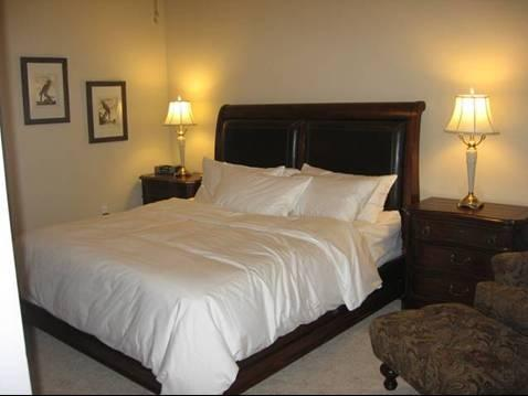 Master Bedroom - Lakefront Condo - 5th Floor Waters Horseshoe Bay - Horseshoe Bay - rentals