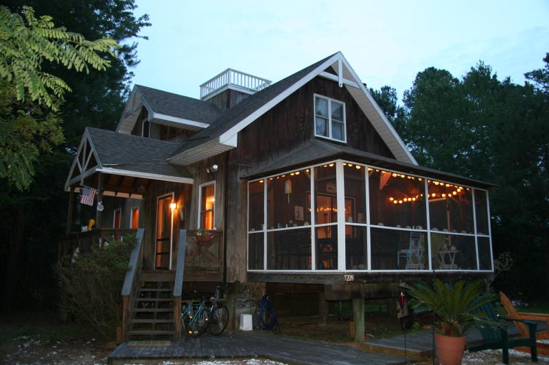 Our beautiful island house - BEAUTIFUL, FULLY FURNISHED,CONTEMPORARY 3BR HOUSE - Chincoteague Island - rentals