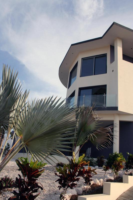 4br. private pool luxury villa. Curacao,Caribbean - Image 1 - Willemstad - rentals