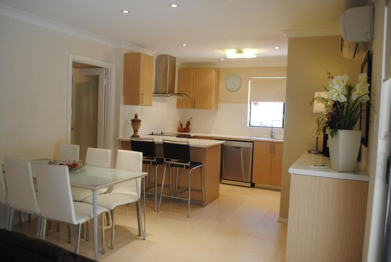 The luxurious and well equipped kitchen - The Sanctuary, Applecross - Western Australia - rentals
