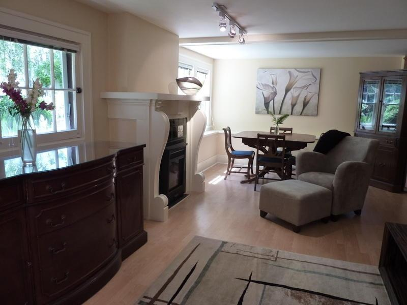 Stylish Decor in Sun-drenched Living/Dining Room - NEW Character Suite In  Heritage Home by Downtown - Victoria - rentals