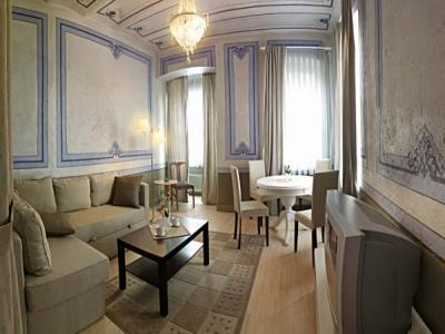 Bella Historical flat - historical and modern -4pp - Image 1 - Istanbul - rentals