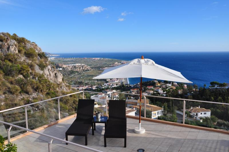 Perfect place to enjoy the sun and amazing sea view - Modern Villa heated pool, hot tub and sea views - Salobrena - rentals
