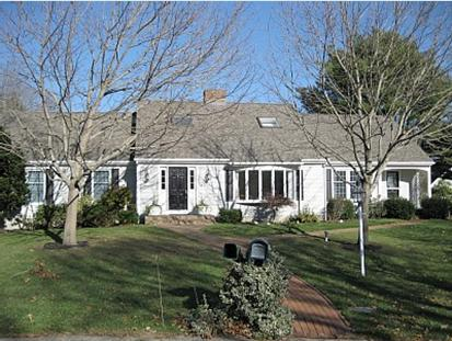 At the End of a Quiet Little Cul de Sac in Wianno - ***NEAR BEACH & VILLAGE ***OSTERVILLE HOME WIANNO - Osterville - rentals