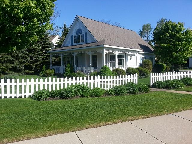 Darling Two-Story Cottage w/ Guest Quarters - Image 1 - Manistee - rentals