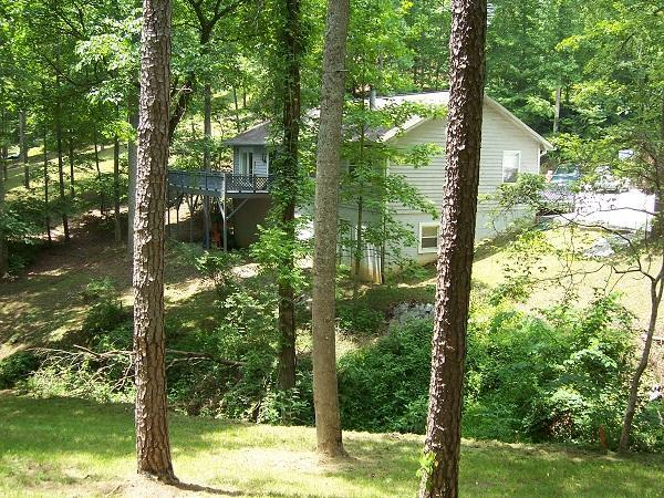 Lakefront 3bd/2ba, Kid Friendly, Slp.10, Boat dock - Image 1 - La Follette - rentals