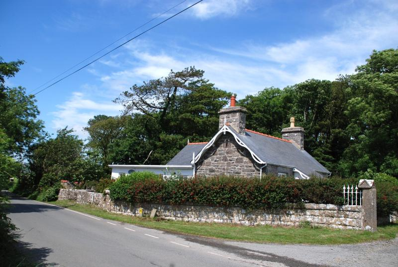 Frigan Lodge - Luxury Anglesey cottage located in an idyllic spot - Island of Anglesey - rentals