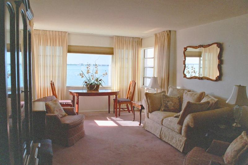 Living Room with full water view! - Fabulous 2br 2br waterfront condo - Fort Myers - rentals