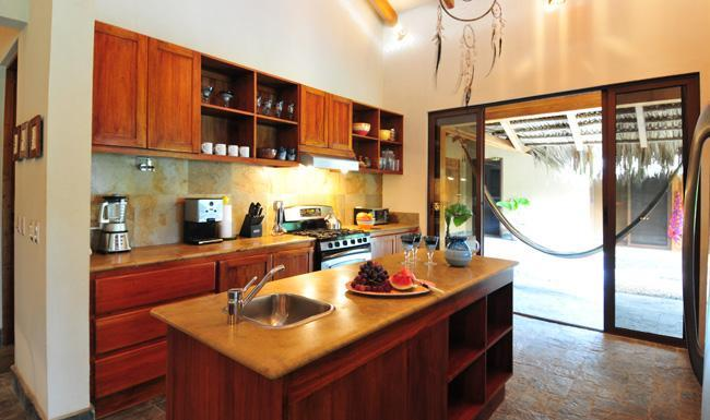 Fully Equipped Kitchen w/Oceanview - Casa Yin Yang, BeachFRONT, Santa Teresa - Santa Teresa - rentals
