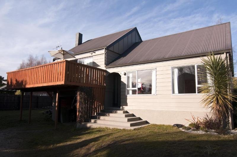 Exterior - Hunter Cottage - Wanaka - rentals