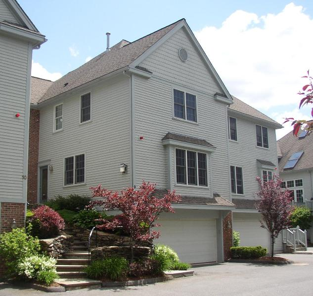 Townhouse - 3 bedroom Townhouse in Newton Highlands - Newton - rentals