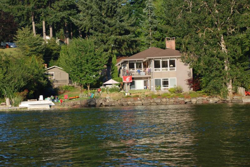 View of the house from the water - Stretch Island Beach House in South Puget Sound - Grapeview - rentals