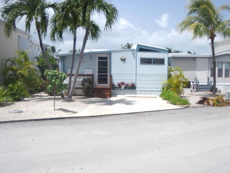 unit 600 at Venture Out Resort - Lower Keys Paradise- 2/1 on water near Key West - Cudjoe Key - rentals