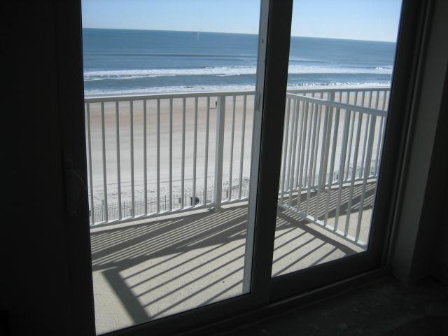Oceanfront Balcony - Daytona Beach 5th Floor Oceanfront Studio Condo - Daytona Beach - rentals