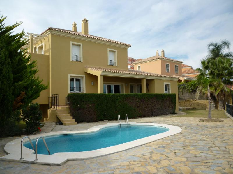 back of the house with pool - Luxury 3 Bedroom Golf/ beach  Villa - Malaga - rentals