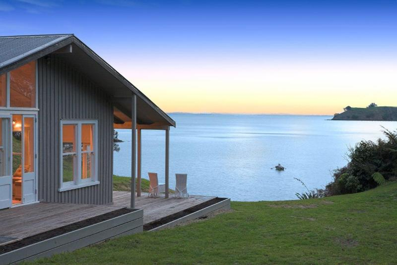 House at Dusk - The Owners Retreat - Waiheke Island - rentals
