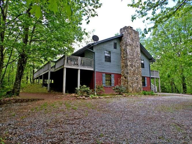 Spacious 4 Bedroom Home On 4.5 Secluded Acres - Image 1 - Morganton - rentals
