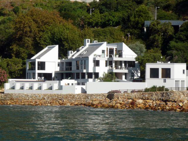 185 Beach Road - Superb position on the edge of the sea - 185 Beach Road Luxury Beachside Villa & Apartments - Gordon's Bay - rentals