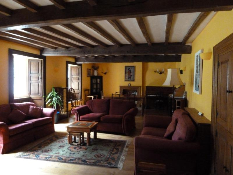 Spacious beamed living room - Midtown Farm - Appleby - rentals