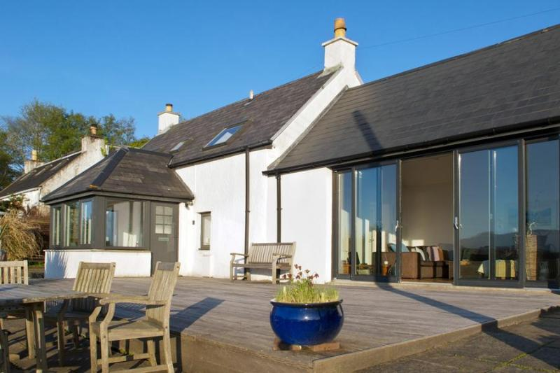Eravue - 3 bedroom Luxury home, Isle of Skye, Scotland - Isle Ornsay - rentals