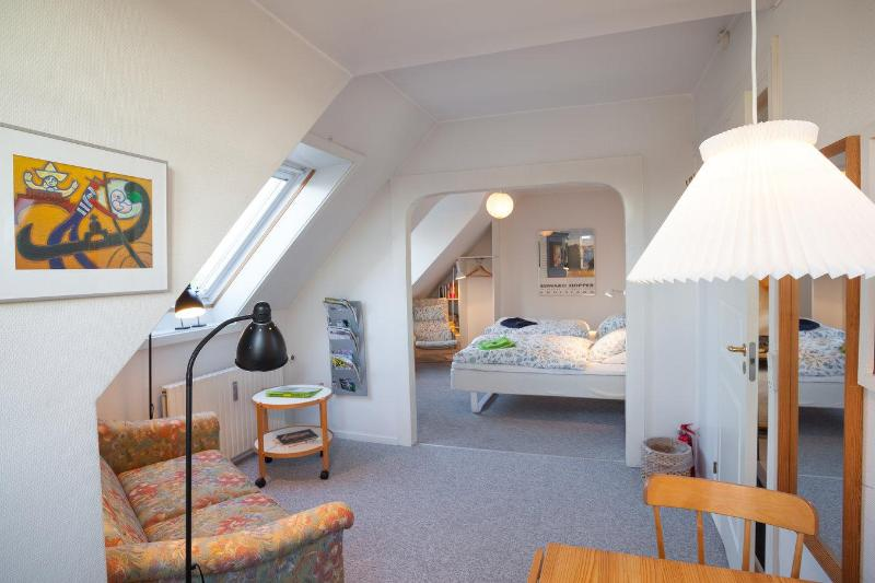 A view in the bigger room - 2 bedroom apartment + free bikes at your disposal. - Copenhagen - rentals