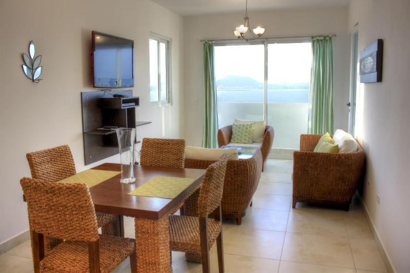 Living Room View - 2BR Ocean Panoramic Views - Best Location & Price! - Panama City - rentals