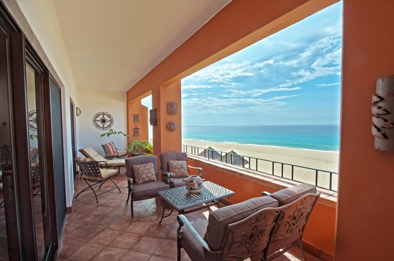 HUGE oceanfront private balcony-360 degree view of the sea of cortez! - Luxury 2 Bd Oceanfront View at Zoetry Casa Del Mar - Cabo San Lucas - rentals