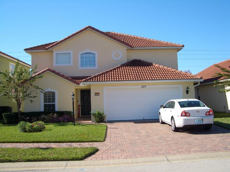 SUNSET VILLA - Luxury 4 Bedroom Villa  near Disney Orlando. - Davenport - rentals
