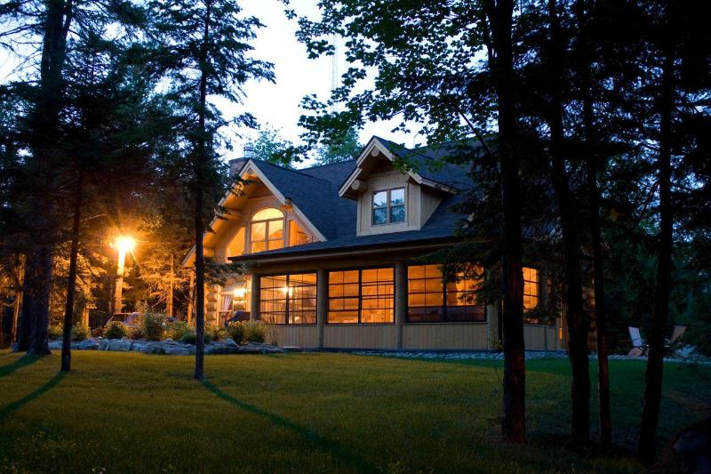 At dusk - The Bear Retreat - luxury chalet for up to 8 - Saint Sauveur des Monts - rentals