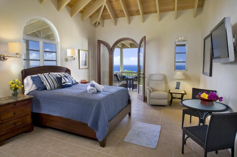 One of 2 equal size bedrooms that include kitchenettes, connecting door, ensuite bathrooms with tubs - Villa IntimaSea -Panoramic Views -  BOOK NOW - Chocolate Hole - rentals