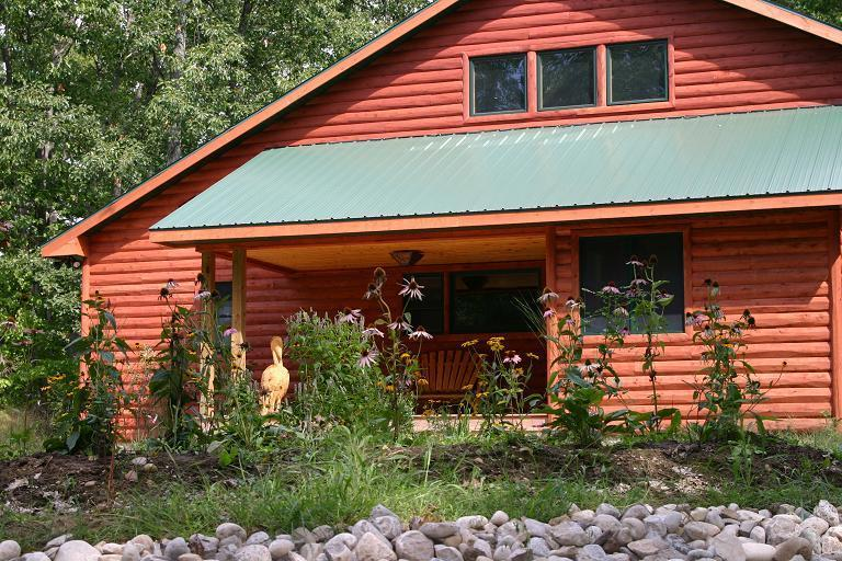 Front of house - Bird Lovers Paradise on Duck Lake - Interlochen - rentals