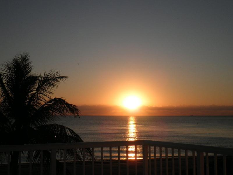Sunrise view from exterior balcony - Beautiful Beach Studio - Perfect Destination - Sunny Isles Beach - rentals