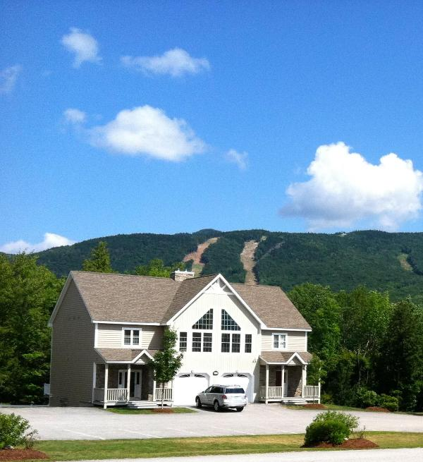 Luxury 4BR Townhome: Pools, Central Air, Loon Mtn - Image 1 - Lincoln - rentals