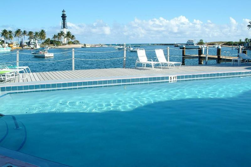 Pool Area - Waterfront Condo Overlooking Hillsboro Inlet - Pompano Beach - rentals