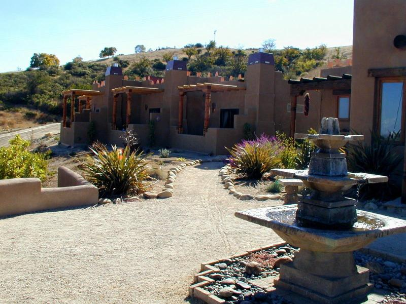 Private Patio - B&B... five casitas (studios) at a vineyard/winery - Paso Robles - rentals