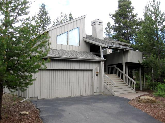 Rogue Lane Home on a very quiet cut-de-sak - Mtn Furnishings-Centrally Located-Great Room-Wifi - Sunriver - rentals