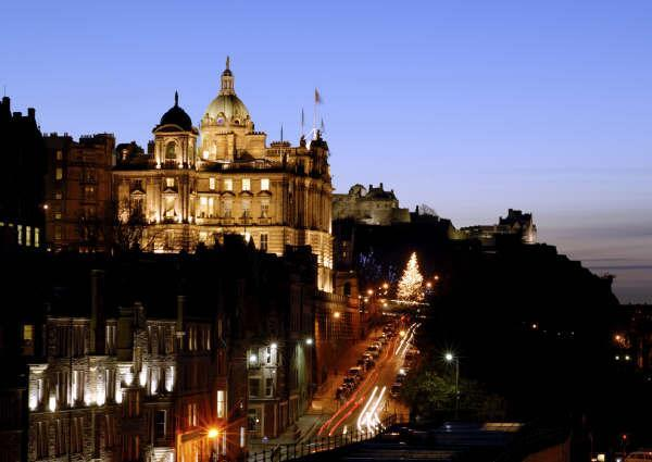 Edinburgh at Night - Capital Pads Self-Catering Apartment, Edinburgh - Edinburgh - rentals