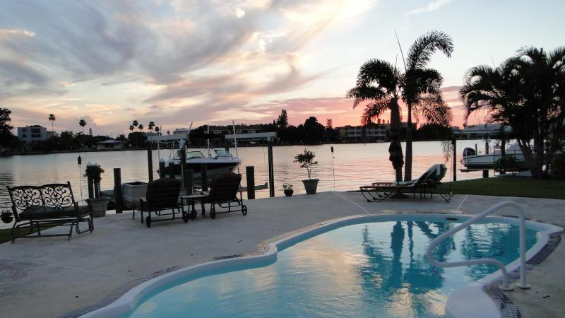 Unbelieveable Sunsets from the Backyard Overlooking the Water - Luxury Waterfront Home with Waterfront Pool & Dock - Saint Pete Beach - rentals