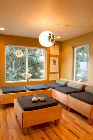 Asian Tea Room - Asian Motif Lodge---walk to resort, hiking trails! - Girdwood - rentals