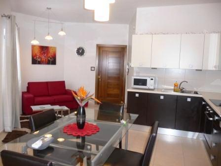 kitchen/living room - New 1 Bedroom Apartment in a central town in Malta - San Gwann - rentals