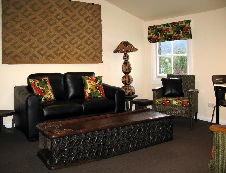 Living room - Toogooloowa on Davey - Hobart - rentals